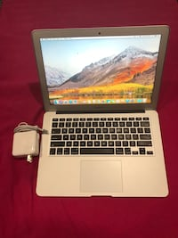 MacBook Air Late 2017 13 inch i5 8GB Ram 256 SSD Like New (Battery Cicle 20) Hyattsville, 20783