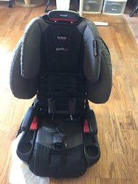 Britax Pioneer safecell Car Seat Fairfax Station, 22039