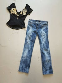 Versace Jean's and p!nk t shirt Vancouver, V5N 2A2