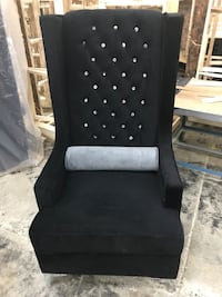 black and white fabric sofa chair Mississauga, L5S