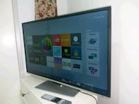 Toshiba smart almost new tv Huddinge, 141 52
