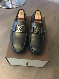 Authentic men's Louis Vuitton Monte Carlo dress shoes  Burnaby, V5C 4A8
