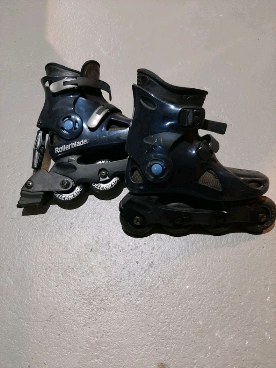 Photo Rollerblades size kids 4.Used only a handful of times