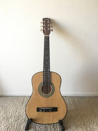 Used 30 inch acoustic guitar kid size guitar in pomona letgo for Montclair yamaha of corona