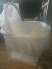 baby's white bassinet delta children Santa Maria
