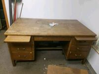Antique desk Highland Charter Township, 48356