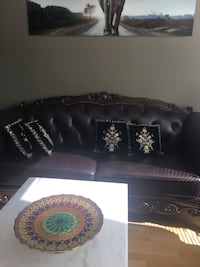 Beautiful luxurious brand new genuine leather couches . 3 piece set no pets or smoke Surrey, V3T