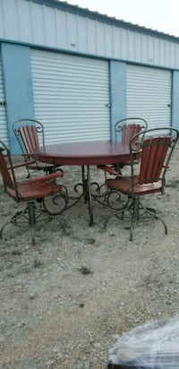 Gorgeous dining set Fort Worth, 76120