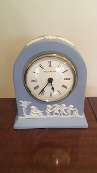 Wedgwood Mantle Clock Reston, 20190