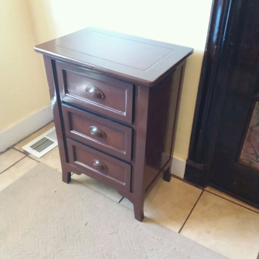 3 Drawer Chest 2 ton finish or Night Stand
