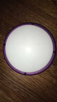 """Battery operated round touch light- 5.5"""" Arlington, 22202"""