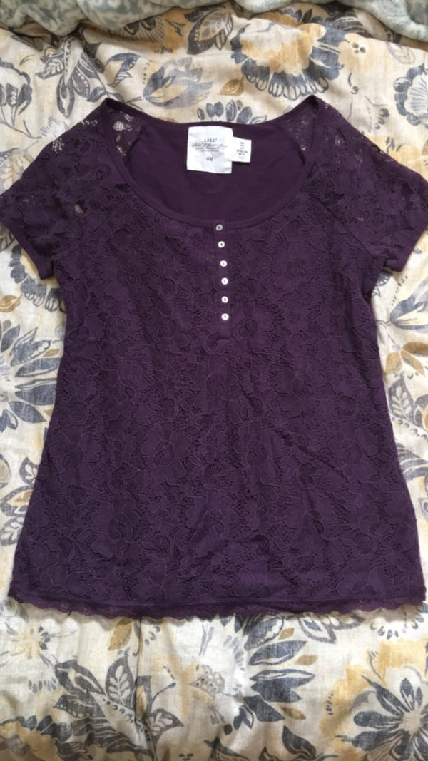Purple lace top from H&M 8887281c-1341-4134-a93f-ef749d5a3b07
