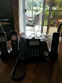Panasonic phone with answering machine. Cantley, J8V