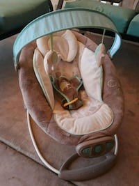 Automatic bouncy chair Mesa, 85203