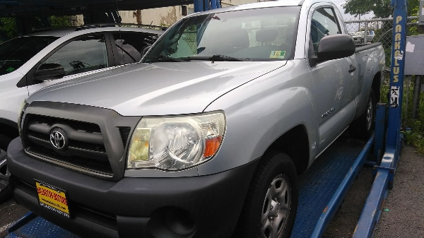 2007 TOYOTA TACOMA ONLY 96K MILES