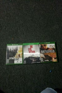 two Xbox 360 game cases Streamwood, 60107