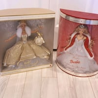 two Barbie dolls in boxes 2878 km