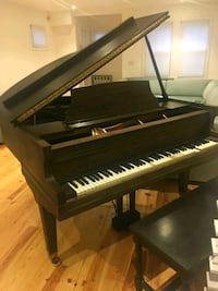 Baby grand piano old piano neds tlc but works well Brooklyn, 11220