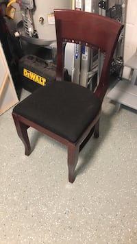 Solid Wood Desk Chair Oklahoma City, 73118