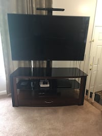 Samsung 60 inch Great Condition TV with Table Chantilly, 20152