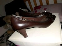 women shose Brown low heel size 11.  Pico Rivera, 90660