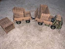 Schleich truck and trailer with three  crates