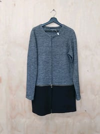 Kark Lagerfeld Sweater (medium) with detachable bottom Vancouver, V6A 1C7