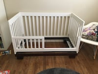Crib that turns into day bed Portland, 97216