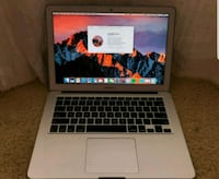 MacBook air  Toronto, M9W 2X3