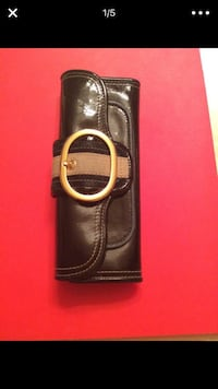 black leather long wallet by Juicy Couture with matching watches ! Washington, 20017