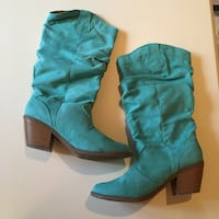 SIZE: 10. Teal Suede knee high chunky heeled boots Winchester, 22602