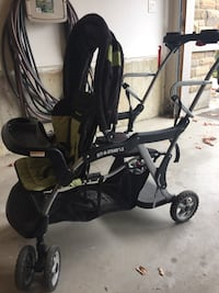 Excellent condition Baby Trend Sit and Stand LX stroller!  Vaughan, L4H 3P2