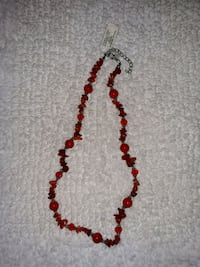 NWT Pinnacle necklace