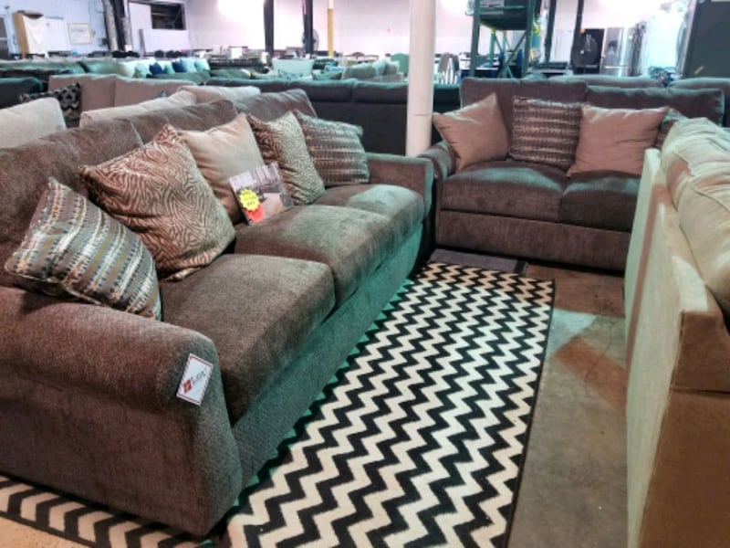 Brand new  brown couch and love seat set  95e01b97-8846-44ff-a24a-9bd883c20410