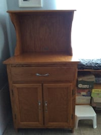 brown wooden 2-drawer nightstand St Thomas, N5R