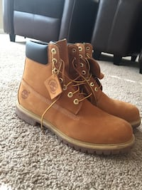 Pair of brown-and-black timberland suede work boots, size 12 men's excellent condition Gallatin, 37066