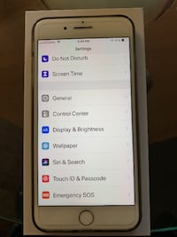 2 iPhone 8 plus silver 64g unlock. $300 for 1. $450 for 2 Calgary