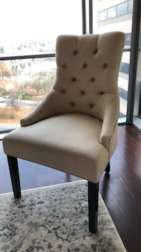 6 Tufted dinning chairs and round glass table  Arlington, 22209