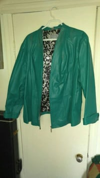 green and white floral cardigan Beauharnois, J6N 2B9
