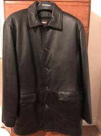 Danier Men's Leather Jacket Hamilton, L8W 3N5