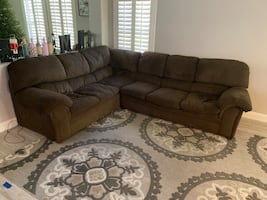 Brown 2 piece sectional