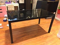 Black glass top dining table Vaughan, L4H 0H6