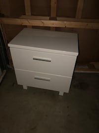 Brand new 2 drawer side table