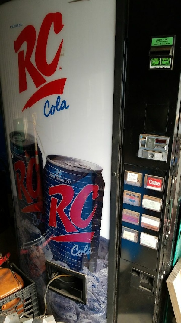 Pop Machine For Sale >> Rc Cola Vending Machine