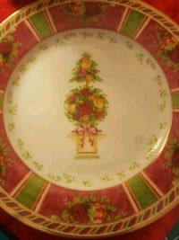 CHRISTMAS GIFT *ROYAL ALBERT PLATE Albuquerque, 87112