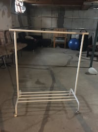 White metal 3-layer rack Edmonton, T5T 6X4