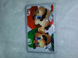 Ds game case with 3 games