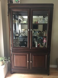 Beautiful solid mahogany hutch Newmarket, L3X 1X9