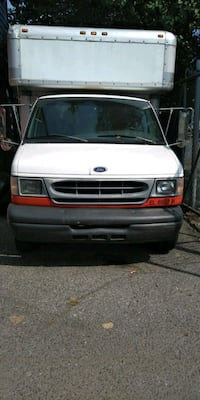 2000 Ford F-350 Capitol Heights