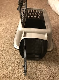 "2 Door cat carrier /dog carrier, container, 24"" L X 17"" X W X 15"" H Saint Paul"